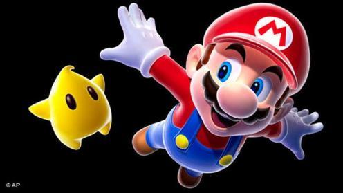 Main Video Game Lebih Baik dari Nonton TV. Menonton film atau televisi adalah kegiatan yang pasif. Otak Anda menyerap informasi, tapi tidak memproses atau berinteraksi dengannya. Studi dari tahun 2014 menunjukkan, bahwa game sederhana seperti Super Mario memiliki efek yang nyata bagi fleksibilitas otak.